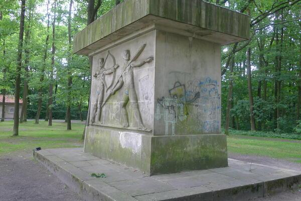 a62D_Turnerdenkmals_Vorzustand2