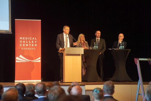 Bild vergrößern: Start des Medical Valley Centers Bamberg